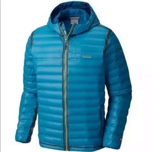 New blue hooded Columbia titanium outdry ex gold